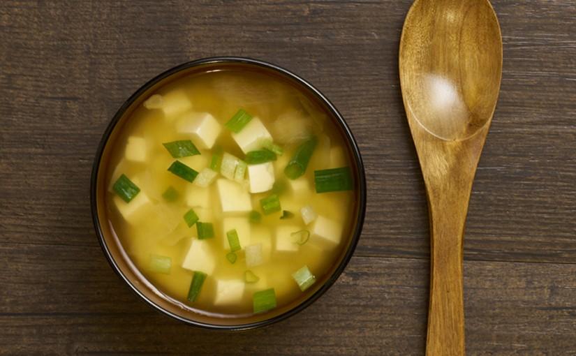 la v ritable recette traditionelle de la soupe miso au tofu. Black Bedroom Furniture Sets. Home Design Ideas